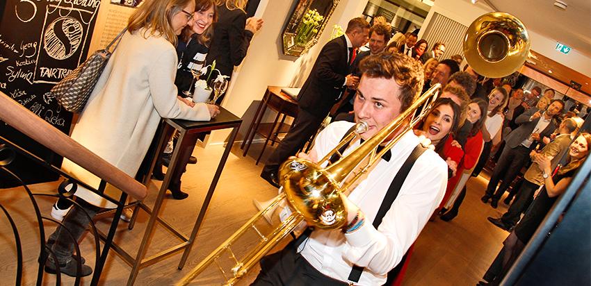RENÉSIM Store Opening – Brass Band