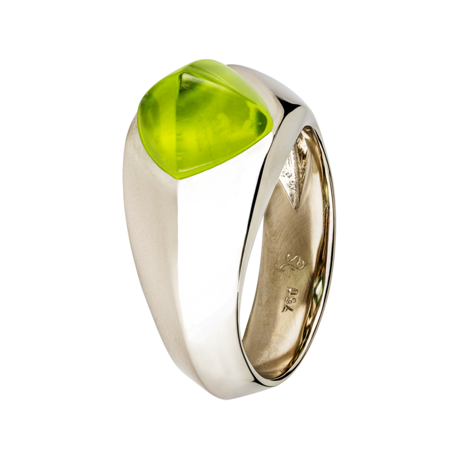 Sugar Loaf Ring Peridot in White Gold