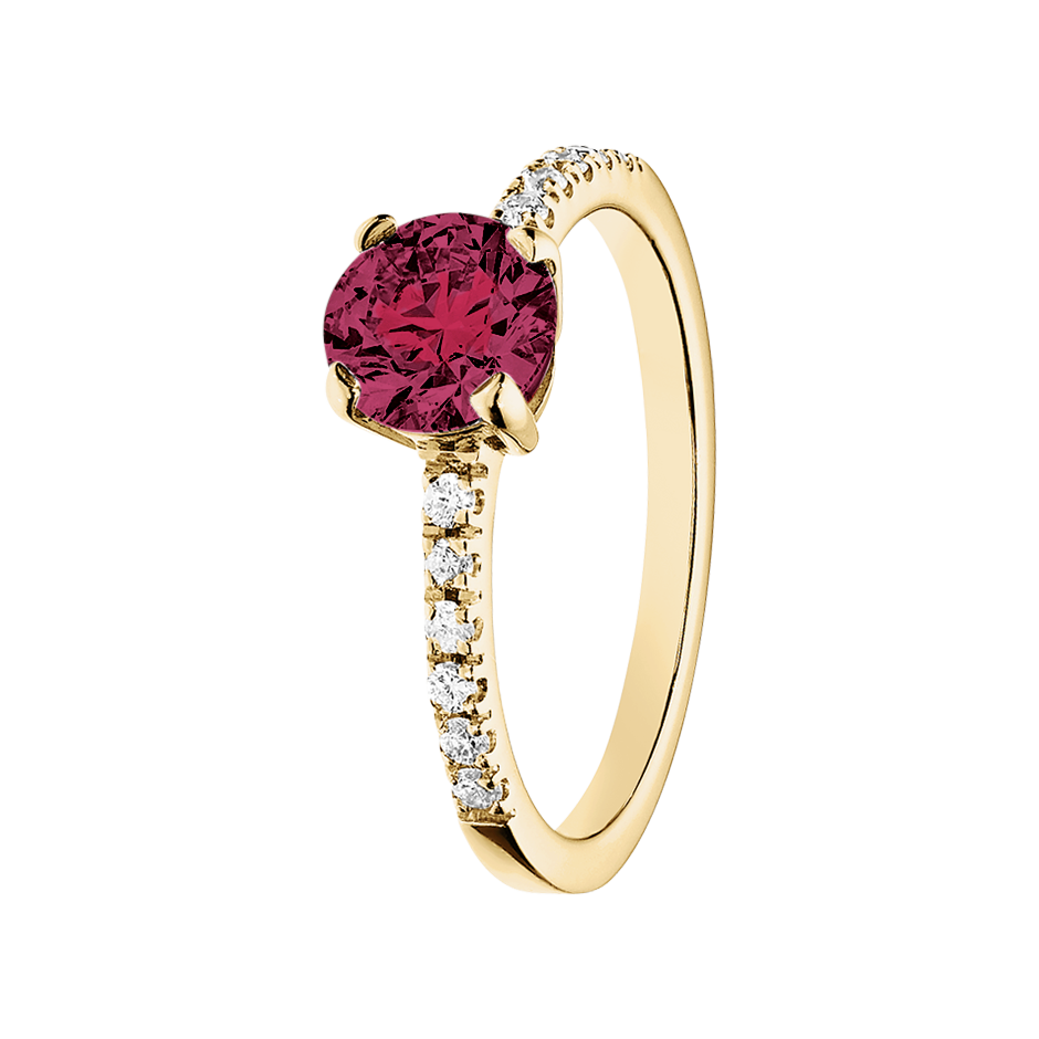 Melbourne Rhodolite red in Yellow Gold